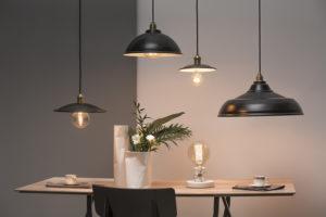 Jak ozdobić dom lampami?